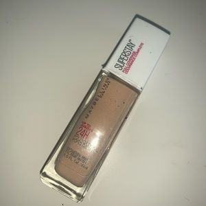 Maybelline Superstay Foundation Shade 112